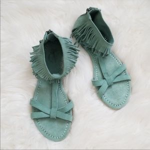 💕💕Seychelles Suede Sea foam Sandals with Fringe